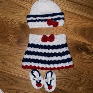 Red, white and blue knit infant set